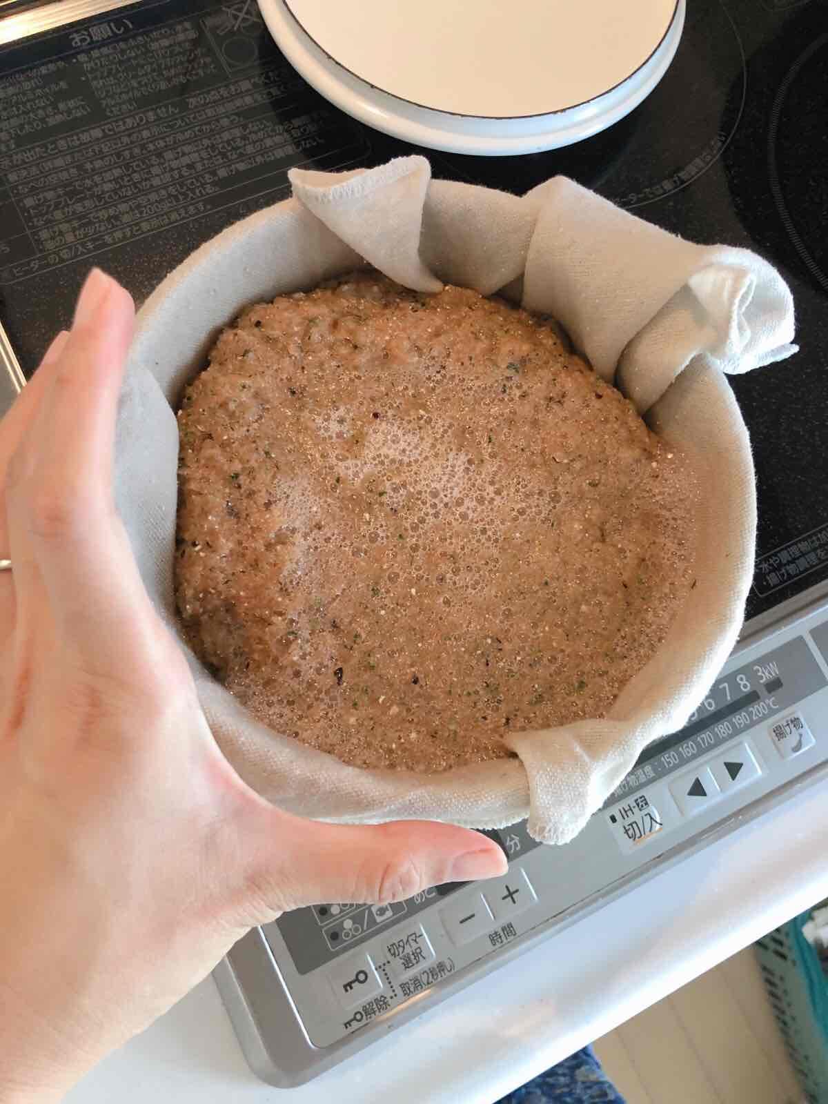 鍋にうつしたスイカのスプラッタ