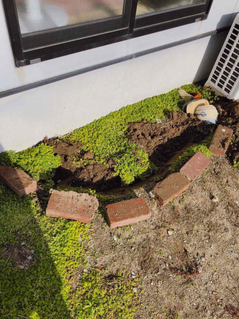 レンガで花壇を作る
